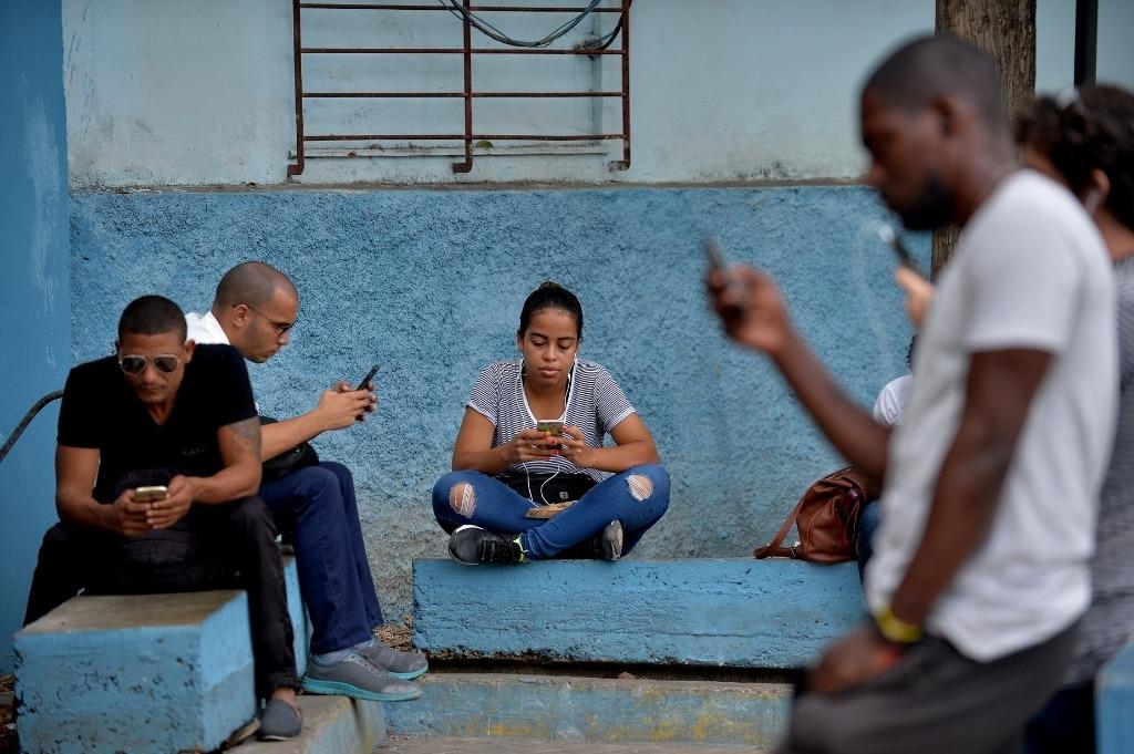 Cuba renonce à brider l'activité privée