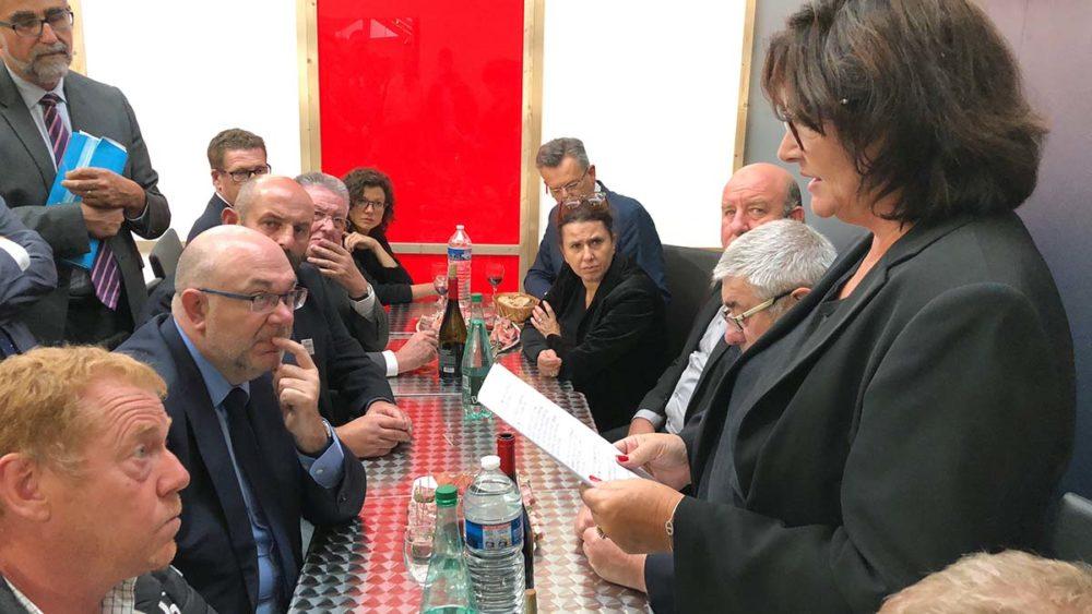Myriam Gesler face au ministre de l'Agriculture