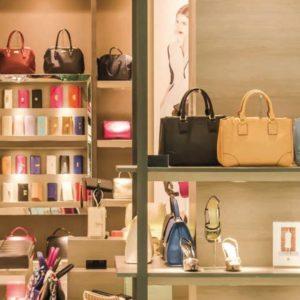 Commerce : les magasins helvètes  face au défi Amazon