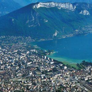 Grand Annecy scanne son économie : beaucoup d'industries, trop peu de services
