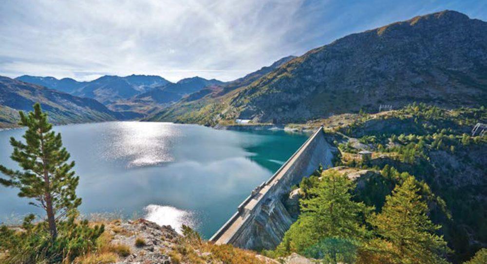 Hydroélectricité : « vous laisseriez privatiser  six lacs d'Annecy ? »