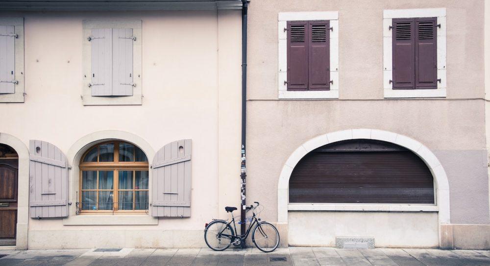 Suisse : la croissance ralentit, les Genevois se ruent sur l'immobilier