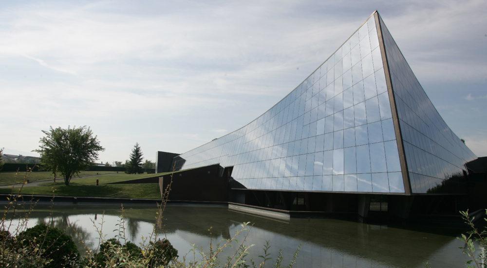 Pierre Fabre va céder son unité de fabrication de Saint-Julien-en-Genevois à Fareva