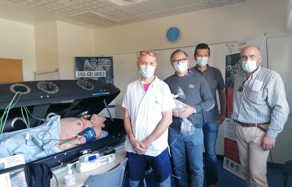 """Covid-19 : Somfy fabrique une """"MobiCapsule"""" pour transporter les malades"""