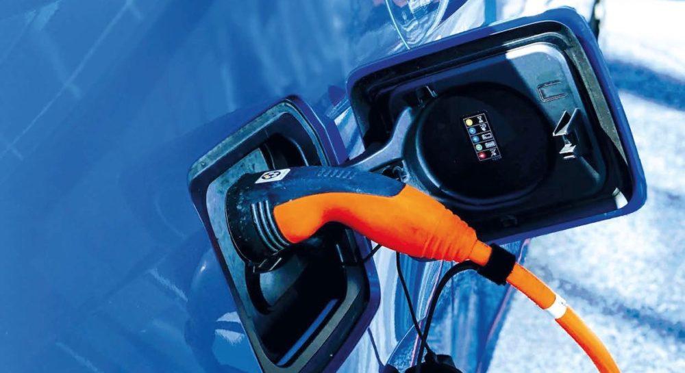 Automobile : enfin l'heure de l'électrique ?