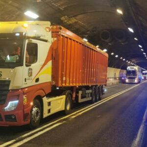 Le tunnel du Mont-Blanc teste le «platooning»